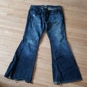 Tattered Jean's with a great Washout